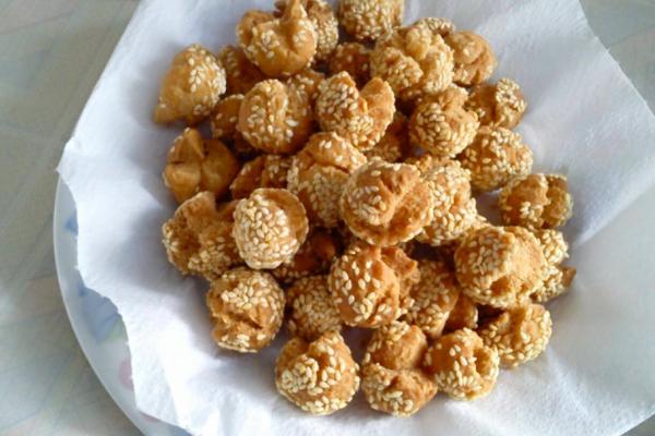 Makanan unik khas Indonesia